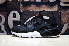 innovative design 587bf 92b22 Size Euro 41 nike air huarache run ultra mens shoes black Black white