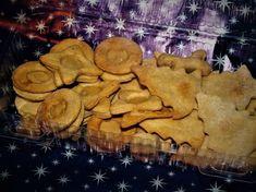 Linecké cukroví pro psy. Péct cukroví i pro psy? A proč ne? Celý rok jsou našimi věrnými kamarády tak proč jim neudělat na Vánoce radost:-) Homemade, Crafts, Manualidades, Home Made, Handmade Crafts, Craft, Arts And Crafts, Artesanato, Handicraft
