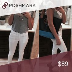 🆕Rag & Bone Skinny Jeans Perfectly white, classic, with an edgy twist. Love these jeans! Comfy and versatile. rag & bone Jeans Skinny