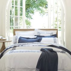 Visit J Brulee Home for the best selection of Sferra bedding for sale. Sferra offers luxury bedding and linens made from Egyptian cotton, Shop today! Luxury Bed Sheets, Luxury Bedding, Luxury Linens, Aberdeen, Linen Bedding, Bedding Sets, Bed Linens, Gray Bedding, Boudoir