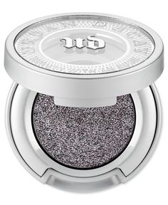 You've never seen a sparkly shadow this sophisticated. Moondust is dazzlingly sparkly but with a super refined, incredibly sophisticated feel (and not a single speck of chunky glitter). Microfine bits