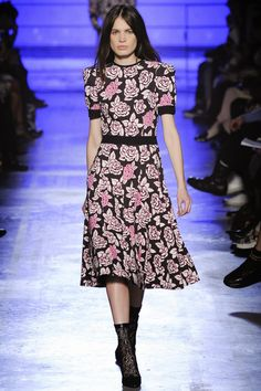 Emanuel Ungaro Fall and Winter 2014-2015 Runway Show