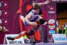 Ibrahim TIGCI (TUR) vs. Ondrej DADAK (CZE) at 97kg Greco-Roman Match.   Photo by Sachiko Hotaka. Olympic Wrestling, Sport Photography, Olympics, Cool Pictures, Roman, Competition, Basketball Court, Photo And Video, Fitness