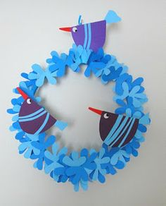 de papel Kids Crafts, Spring Crafts For Kids, Diy For Kids, Arts And Crafts, Paper Flower Wreaths, Easter Wreaths, Paper Flowers, Christmas Bird, Christmas Ornament Crafts