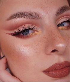 Makeup Eye Looks, Eye Makeup Art, Glam Makeup, Pretty Makeup, Skin Makeup, Eyeshadow Makeup, Vintage Makeup Looks, Makeup Trends, Makeup Inspo
