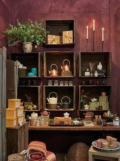 Bellocq is stocked with wonderful littlethings that help translate the rituals of tea drinking into home life, from perfectly petite teapots to traditional matcha whisks.