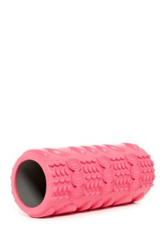 Increase circulation and range of motion, enhance muscle strength and function, target and reduce muscle soreness with this textured roller.