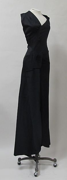 Evening dress (image 2) | Charles James | circa 1944 - possibly earlier | silk | Metropolitan Museum of Art | Accession Number: 2013.321