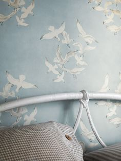 16 Trendy Bird Wallpaper Bedroom Home Decor Nautical Wallpaper, Bird Wallpaper, Room Wallpaper, Seaside Wallpaper, Seaside Decor, Seaside Bedroom, Nautical Bedroom, Cottages By The Sea, Mosaics