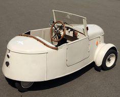 Peugeot VLV '1941-45 ... #Cars #autos #biler #transportation #France #Frenchautos #Frenchcars #design