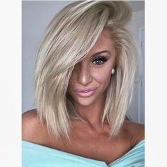 🍭 #makeupbycarissa#makeup#mua#makeupartist#makeupartistsworldwide#blonde#hair#lob#blondehair#pretty#fashion#fashionblogger#fashionblog#beautyblogger#beautyblog#beauty#pink#lashmoi#eyelashes#prettymakeup#makeupmafia#diamonds#boutique#hairstyle#haircut#haircolor#eyebrows#smize#contour