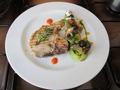 Cotè de porc ròti avec  petit jardin de legumes''( radichie ,fenouil, artichaut,carottes, capres anchois et olive noir )'' Gino D'Aquino