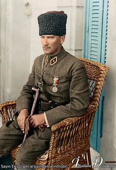 Mustafa Kemal Atatürk - what Turkey needs now! Turkish Military, Turkish Army, Republic Of Turkey, The Republic, Historical Quotes, Historical Pictures, Ottoman Turks, The Legend Of Heroes, The Turk