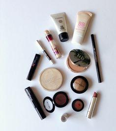 Minimalist Makeup, Make Up Collection, Makeup Essentials, Hair Beauty, Beauty Care, Makeup Tools, Sephora, Skin Care, Freshman Year