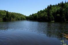 Lac Mohawk, Mont Sutton, Québec, juin 2015 Santa Cruz Mountains, Loch Lomond, Community, California, River, Mohawk, Outdoor, Pathways, Landscape