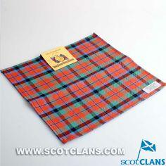 Clan MacNaughton Woo