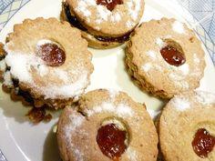 Linecké z pohankové a špaldové mouky Doughnut, Muffin, Breakfast, Desserts, Food, Bakken, Morning Coffee, Tailgate Desserts, Deserts