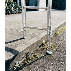 Ladder Levelers for Extension Ladders