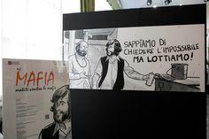 Alcune immagini della prima mostra su mafia, camorra e 'ndrangheta nella storia del fumetto.