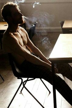 "Michael Fassbender as Bobby Sands in ""Hunger"" (2008)"