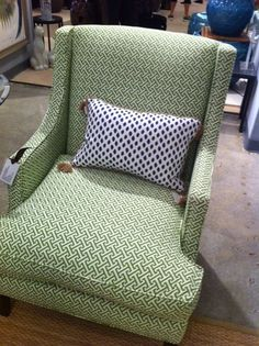 Attirant Green Greek Key Chair