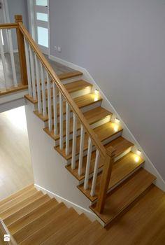 Oświetlenie schodów o nr katalogowym P162 - zdjęcie od Schody Chudziński
