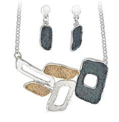 Set de colier si cercei drop cu model geometric Dog Tags, Dog Tag Necklace, Drop, Model, Jewelry, Alcohol, Fragrance, Jewlery, Schmuck