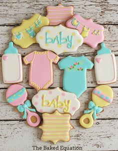 Are you having a baby shower or organising one for your friend? Look no further than our inspirational list of baby shower party ideas & themes. Fancy Cookies, Cute Cookies, Cupcake Cookies, Sugar Cookies, Cookie Favors, Onesie Cookies, Basic Cookies, Ladybug Cupcakes, Kitty Cupcakes