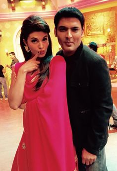 Finally the beauty queen talented n very hardworking @asli_jacqueline in comedy nights.. learning how to pout.. #Roy