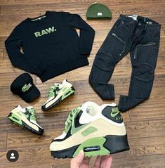 Dope Outfits For Guys, Swag Outfits Men, Stylish Mens Outfits, Mens Casual Suits, Polo Outfit, Hype Clothing, Tomboy Fashion, Well Dressed Men, Swagg