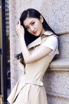 She is beautiful Beautiful Girl Image, Beautiful Asian Women, Jing Tian, Asia Girl, Chinese Actress, Cute Woman, Beijing, Beautiful Actresses, Girl Pictures