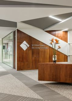 International Decision Systems Offices by RSP Architects, Minneapolis – Minnesota Dental Office Design, Workplace Design, Office Interior Design, Corporate Design, Office Designs, Retail Design, Corporate Interiors, Office Interiors, Commercial Design