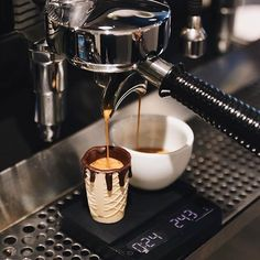 @iamdhritikala Coffee Geek, Coffee Wine, Coffee Is Life, My Coffee, Best Coffee, Coffee Drinks, Coffee In A Cone, Coffee Ice Cream, Coffee Shop Menu