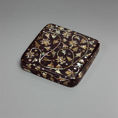 """Box with decoration of peony scrolls, 15th–16th century. Joseon dynasty (1392–1910). Korea. The Metropolitan Museum of Art, New York. Gift of Florence and Herbert Irving, 2015 (2015.500.3.2a, b)   This work is exhibited in the """"Korea: 100 years of Collecting at the Met"""" exhibition, on view through March 27, 2016. #AsianArt100"""
