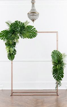 Background ideas for the wedding Photo booth wallpaper Best Picture For wedding decor styles shabby chic For Your Taste You are looking for something, and it is going to tell you Ceremony Arch, Wedding Ceremony, Indoor Ceremony, Tropical Wedding Decor, Tropical Decor, Tropical Weddings, Tropical Interior, Diy Backdrop, Backdrop Wedding