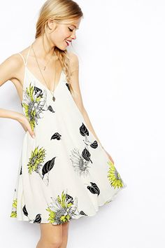 15 dresses that double as swimsuit cover ups
