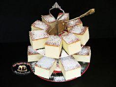 Sernik waniliowy bez spodu Cheesecake, Christmas Ornaments, Holiday Decor, Sweet, Candy, Cheesecakes, Christmas Jewelry, Christmas Decorations, Cherry Cheesecake Shooters