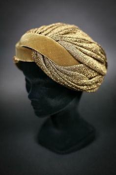 1940s Turban. repinned by www.lecastingparisien.com