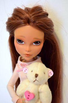 Chanel OOAK Monster High Doll Reroot Gloom Beach Cleo de Nile Outfit | eBay