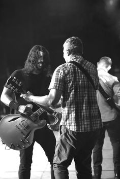 Dave Grohl Foo Fighters Pat Smear Photo: Jena Ardell