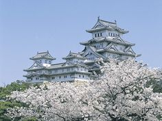 Himeji Castle - again to go back in time, be Japanese and a lady of that castle!