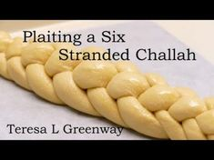Learn how to plait or braid a six stranded Challah Bread. In this video you can watch how to braid a six stranded Challah easily. To join my online baking co. Plaited Bread Recipe, Bread Plait, Challah Bread Recipes, Braided Bread, Bread Bun, Easy Bread Recipes, Cooking Recipes, Kosher Recipes, Quick Bread