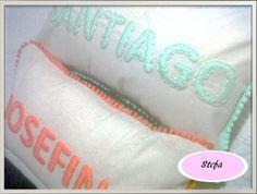 Almohadones personalizados bordados a mano