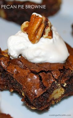 Delicious five-ingredient pecan pie brownies
