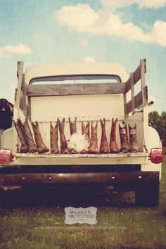 What's better than a truck full of boots? #cowboyboots #cowgirlboots #western #country Cute Wedding Ideas, Wedding Pictures, Wedding Inspiration, Engagement Pictures, Country Girls, Country Life, Country Living, Country Style, Wedding Boots