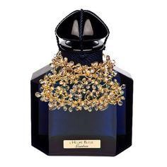 Guerlain http://www.vogue.fr/mode/shopping/diaporama/cadeaux-de-noel-bleu-nuit/10911/image/650933#guerlain