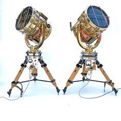 Japanese Vintage Industrial Copper & Brass Floor Lamp Tripod by Shonan Kosakusho Retro Floor Lamps, Industrial Floor Lamps, British Standards, Copper And Brass, Shutter, Vintage Industrial, Tilt, Tripod, Handle