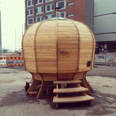 Kanto, pop up sauna Innovative Architecture, Architecture Design, Sauna Hammam, Urban Ideas, Sauna Design, Pop Up Art, Pop Up Shops, Learning Spaces, Retail Design