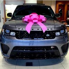 Perfect gift #rangerover via @maison_vogue
