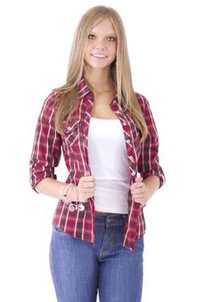 This plaid top is perfect for apple picking with your boyfriend!